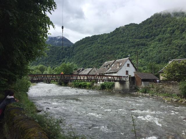 Passerelle sur la Garonne à FOS (31)
